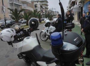 Προσαγωγές για την επίθεση σε αστυνομικούς